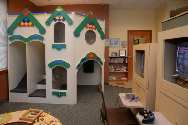Photo of play area for Pediatric dentist Dr. Shari Kohn